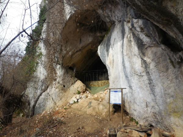 Sentiero Ara - Grotte del Fenera (Rifugio Gasb)
